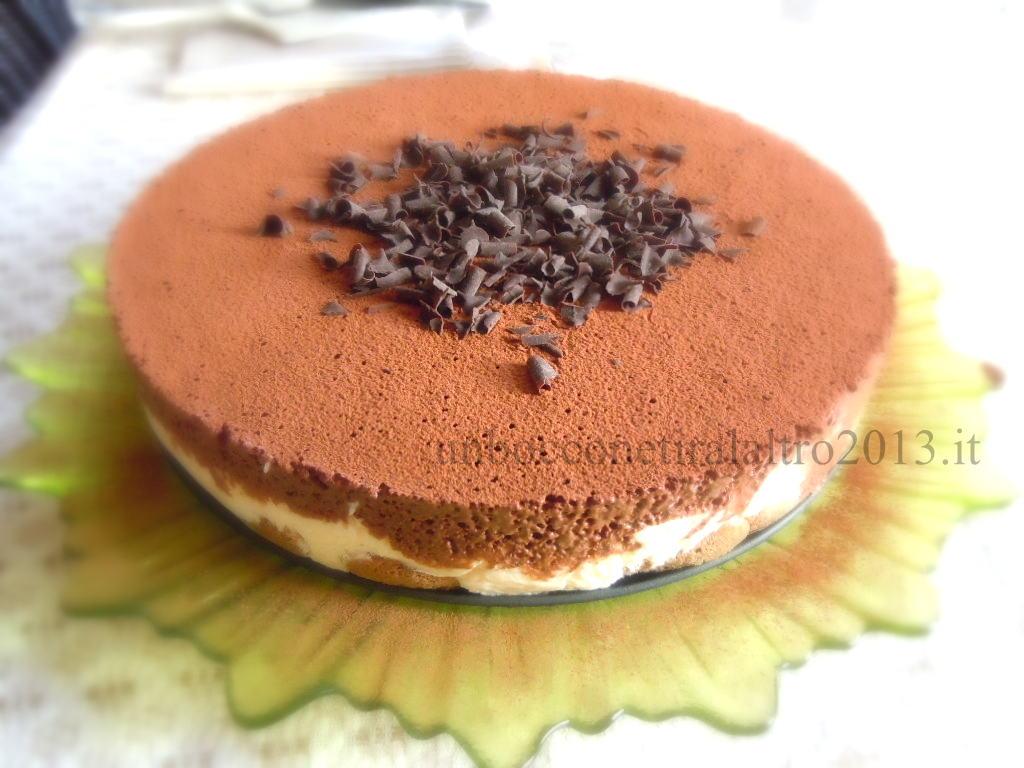 Tiramisù al mascarpone e mousse al cioccolato fondente