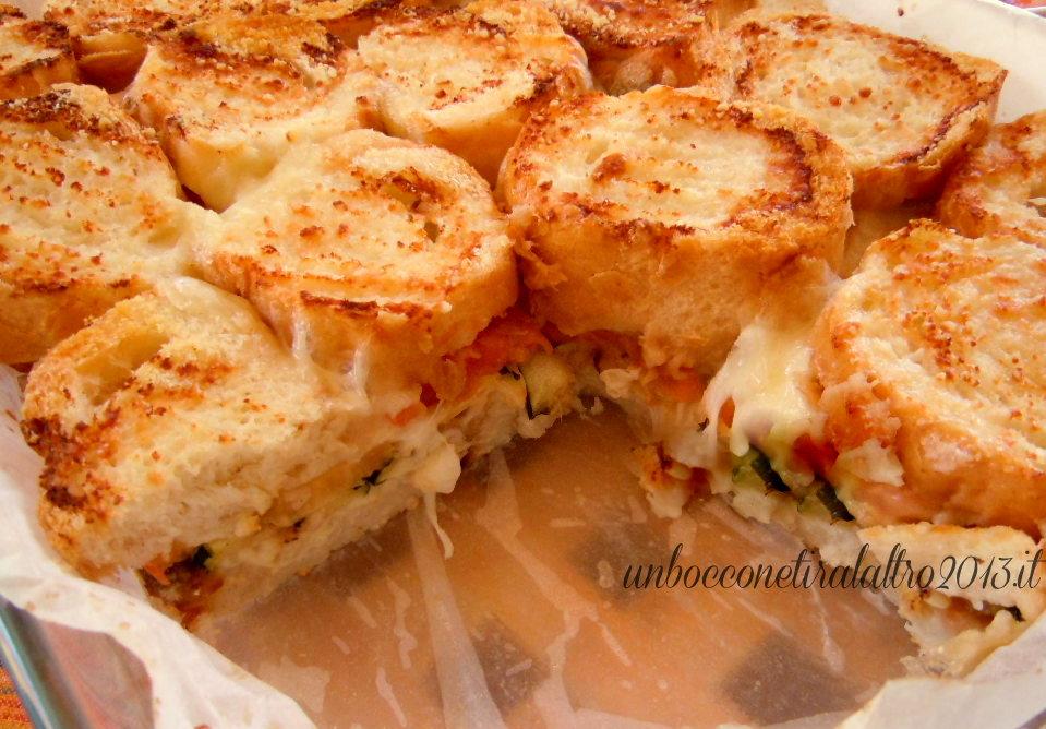 Parmigiana Di Pane Con Pomodori E Zucchine Come Riciclare Il Pane